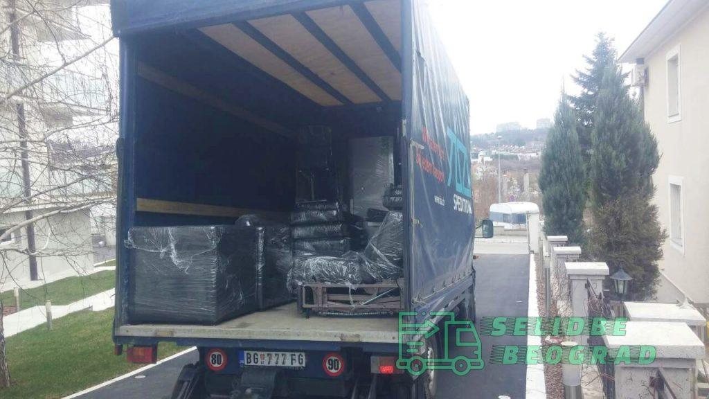 kamion-za-selidbe-stana